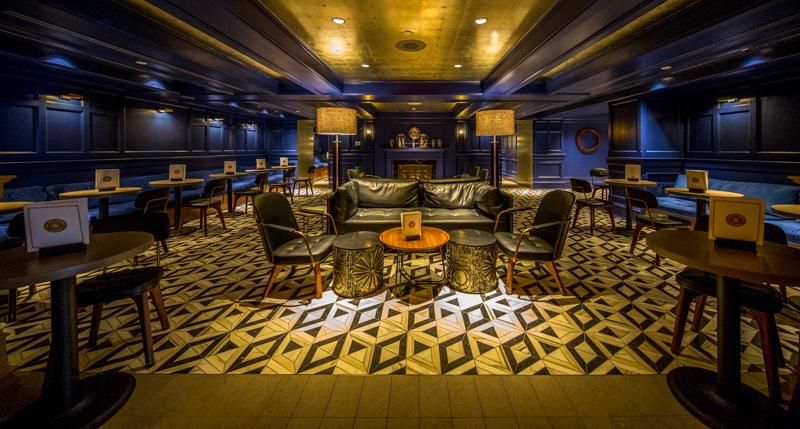 Walt Disney World – Yacht Club Resort – Ale & Compass Restaurant and Lounge