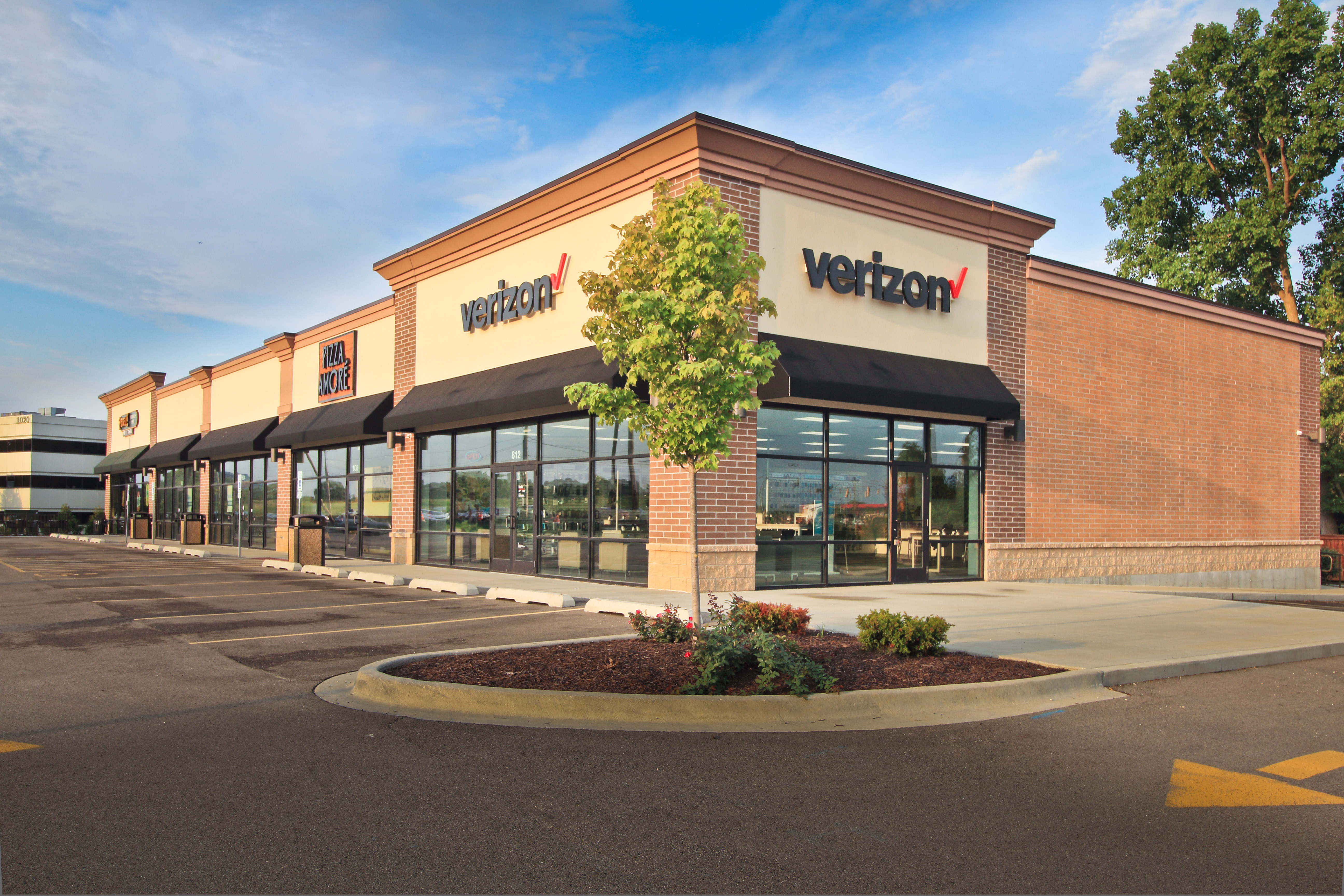 Verizon Store – Deerfield